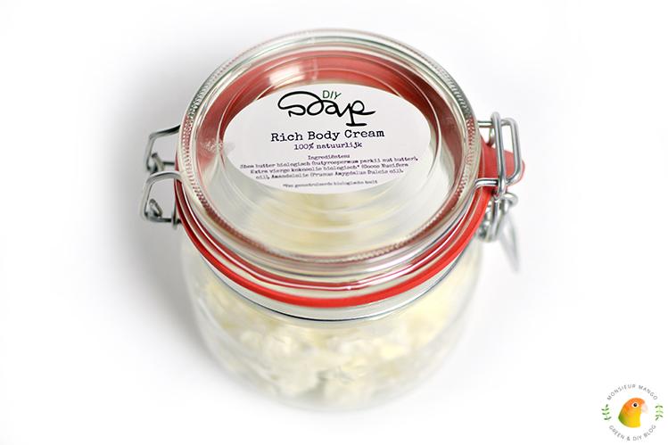 Afbeelding DIY Soap Rich Body Cream klaar in weckpot
