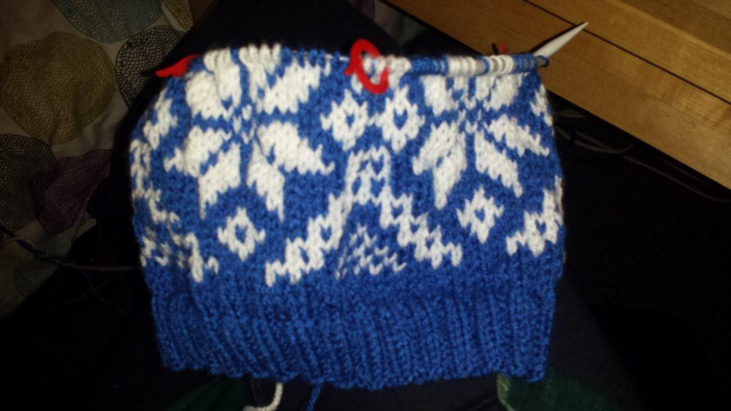 Afbeelding gebreide muts stranded knitting