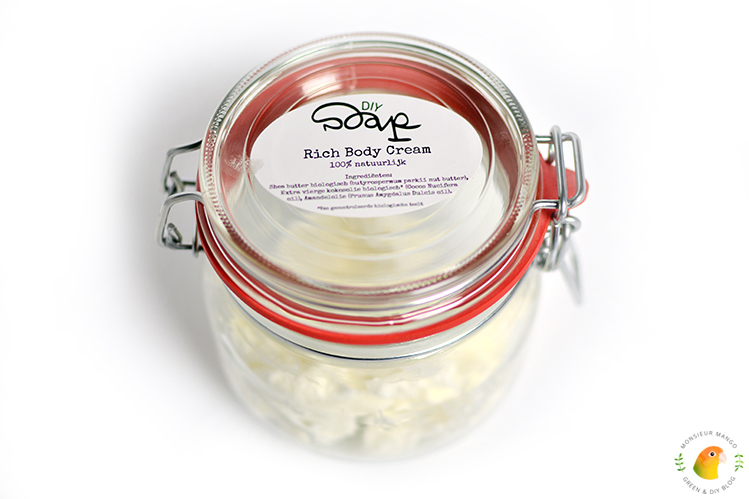Afbeelding DIY Soap Rich Body Cream klaar in weckpot