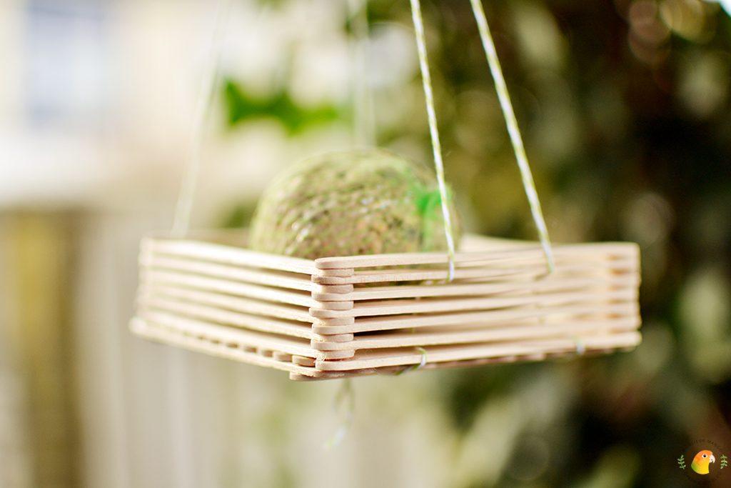 Afbeelding DIY vogelvoerder close-up