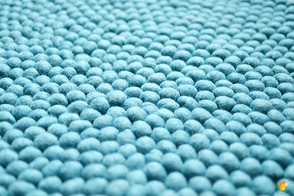 Afbeelding Bolletjeskleed Sukhi Menkhu vilten bolletjes