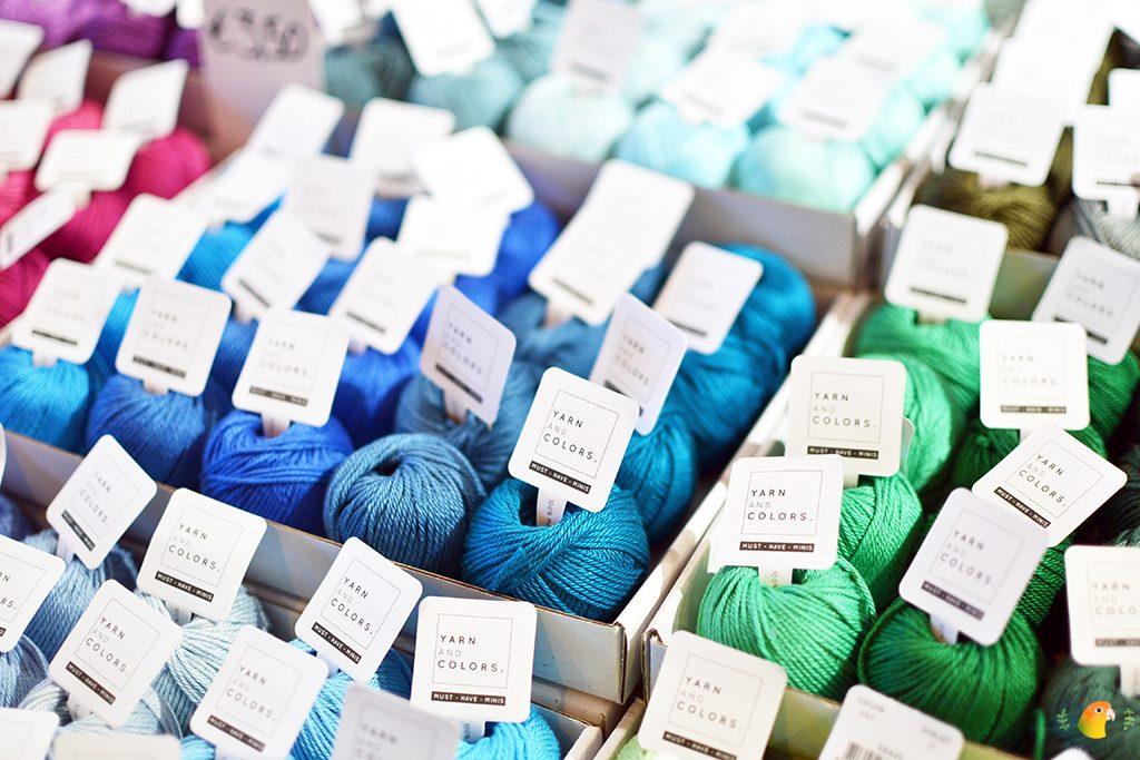 Afbeelding Knit & Knot mini bolletjes Yarn and Color blauw en groen tinten