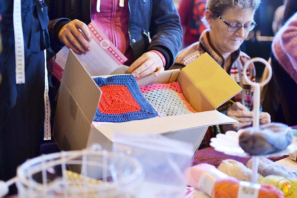 Afbeelding Knit & Knot bijdrage grootste gehaakte deken in doos