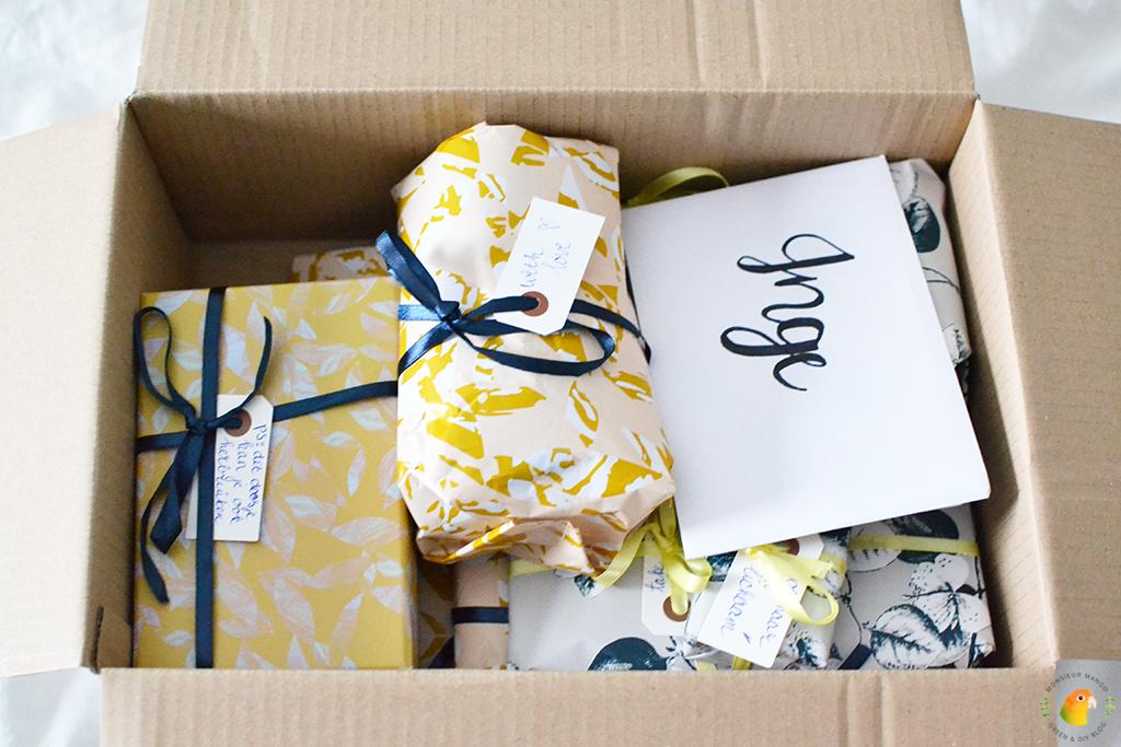 Echte Post Is Cool #5 pakket open met cadeautjes