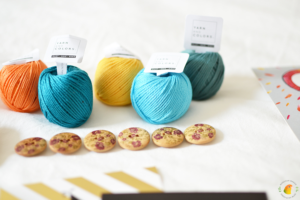 Echte Post Is Cool #6 gekregen cadeautjes Yarn and Colors mini garen
